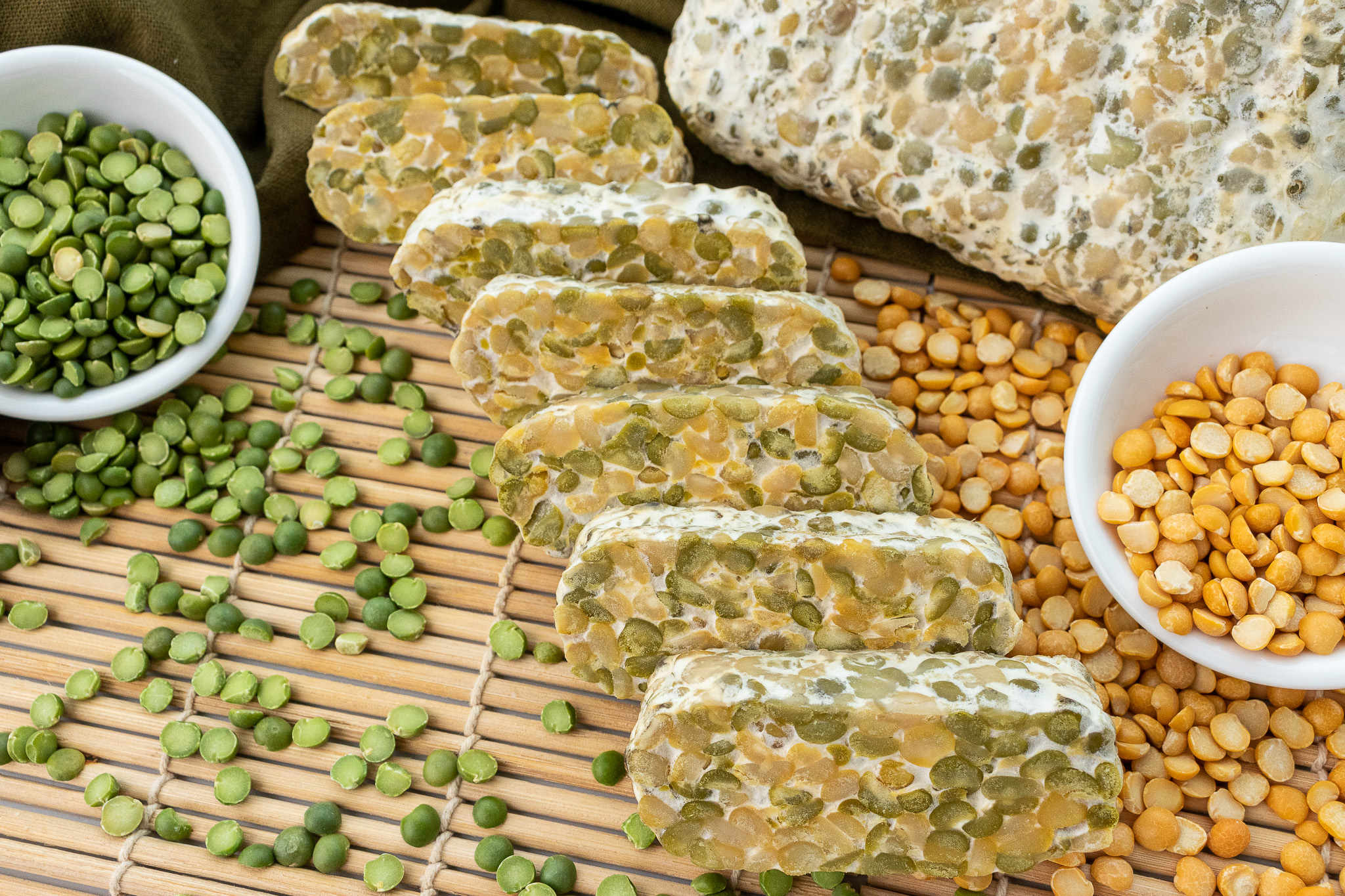 Project Umami Tempeh-Yellow and green split pea